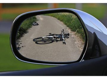 condena a un propietario de coche, no conductor, por imprudencia al volante